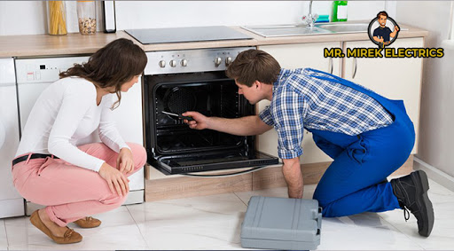 Facing These Problems with Your Oven? It's Time to Call a Technician